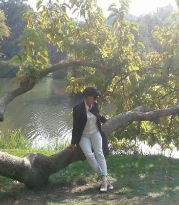 single in saalfeld saale)