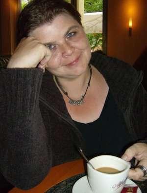 frauen cafe dating in regensburg minden single  Weirdest online dating profiles - Partnersuche kostenlos.